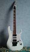 Gitar1m.jpg
