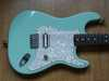 fender_tom_delonge_strat_2surfgreen_008.jpg