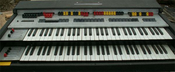 Люди!!!! Клавишники, помогите!