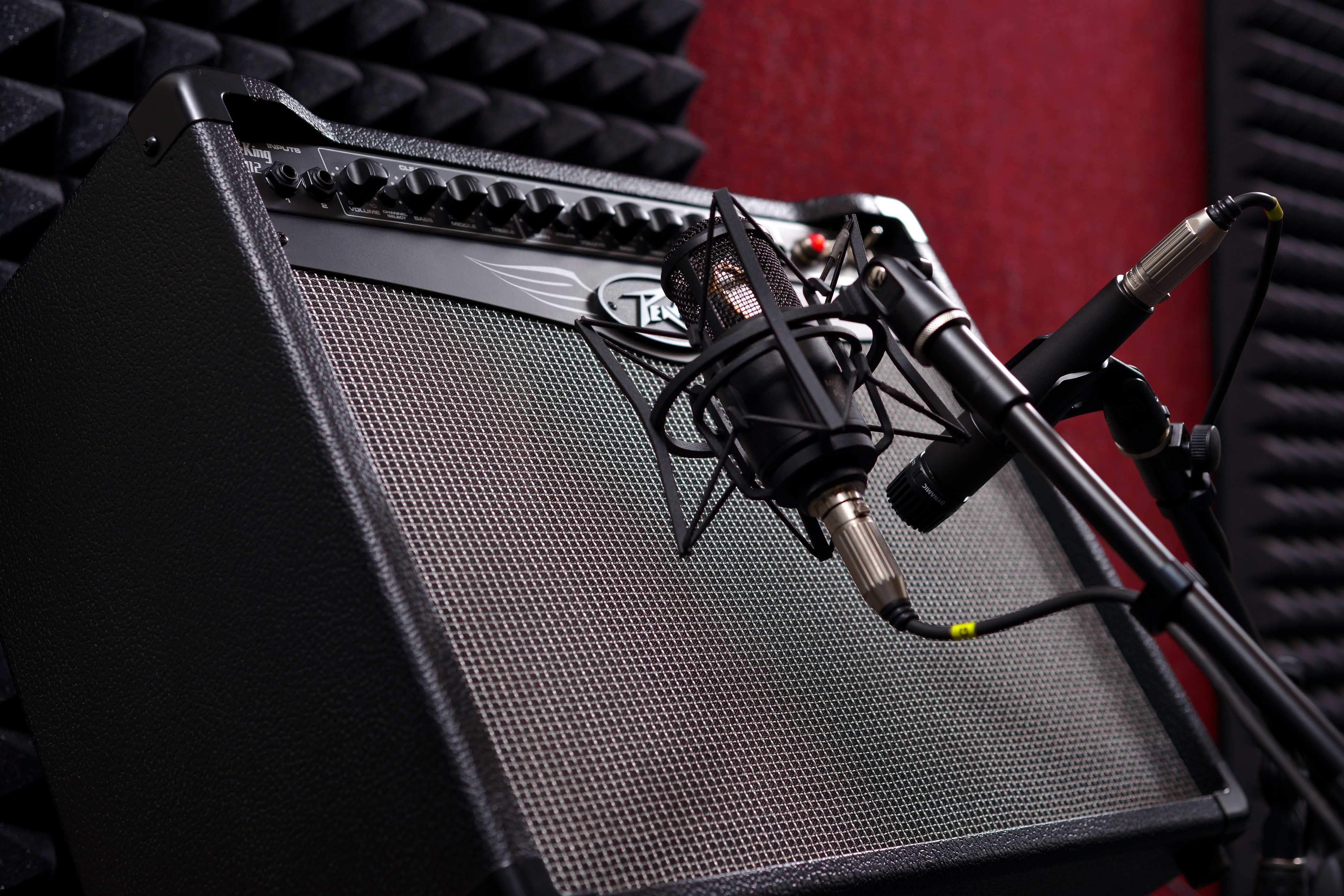 Гитарный комбоусилитель Peavey ValveKing 112